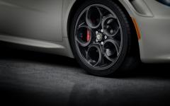Set van lichtmetalen velgen, 18'' voor en 19'' achter voor Alfa Romeo 4C